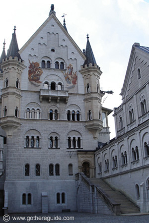 Neuschwanstein castle Upper Court yard